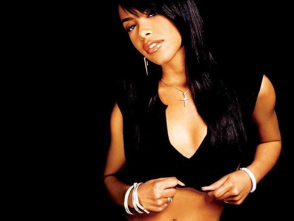 Aaliyah / アリーヤ
